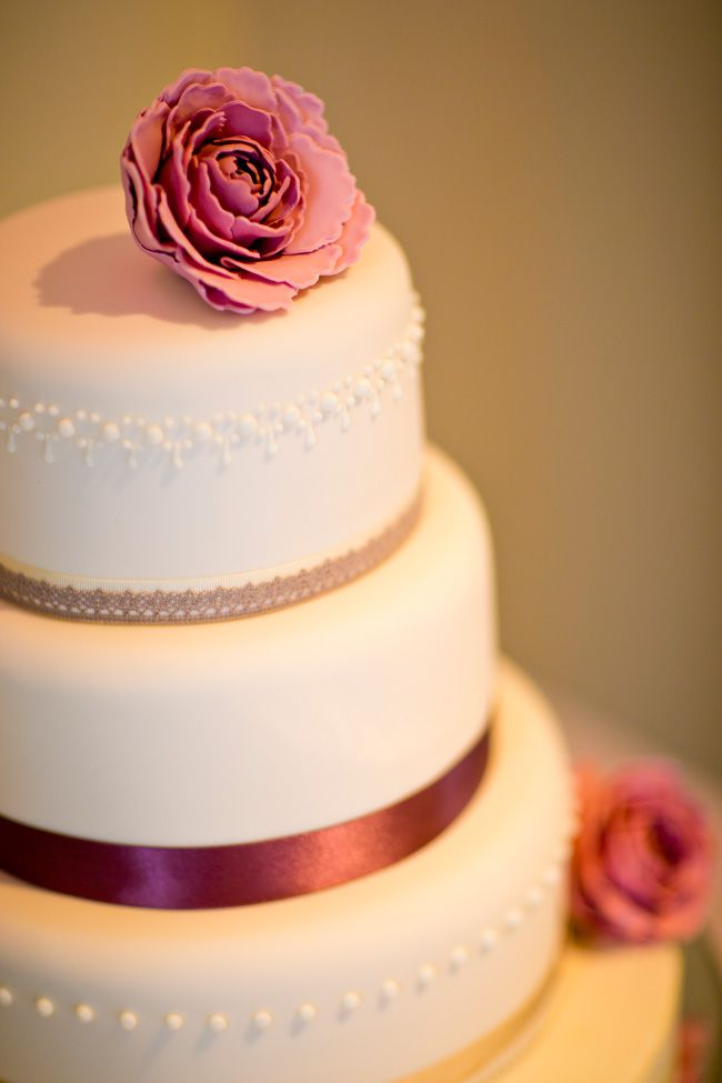sassy-elegant-and-glamorous-wedding-dresses-revealed-in-styled-shoot-Spains-Hall-Shoot-EDITS036