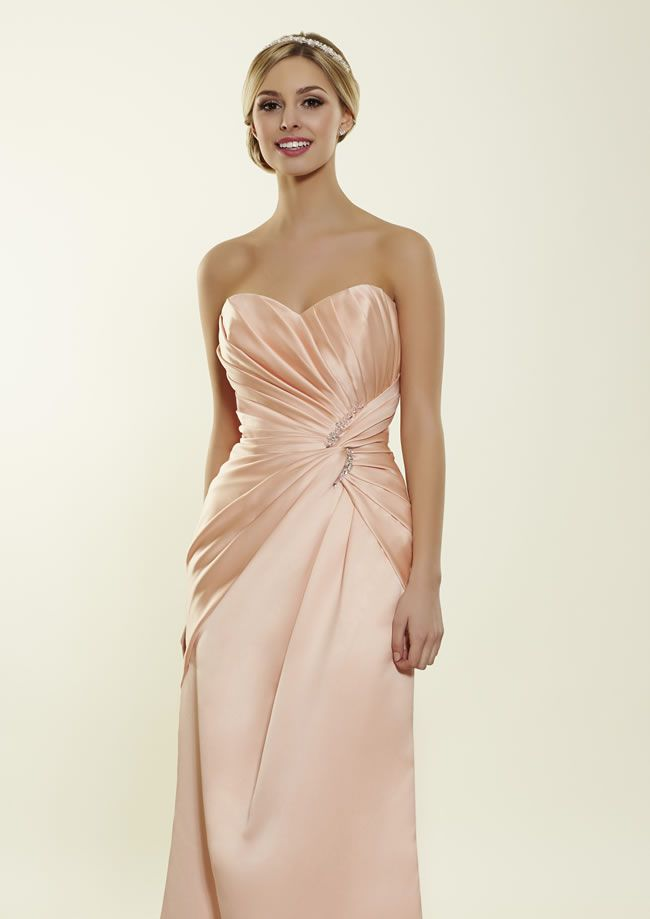the-latest-romantica-of-devon-bridesmaids-collection-is-perfect-for-all-shapes-and-sizes-lobella