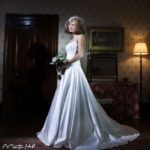 the-teapot-the-whisper-and-the-swish-10-top-wedding-day-poses-The-Classic