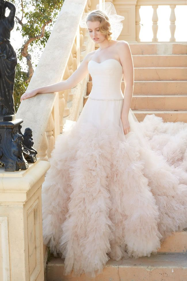 truly-glamorous-wedding-dresses-for-luxe-brides-wtoo-allegra