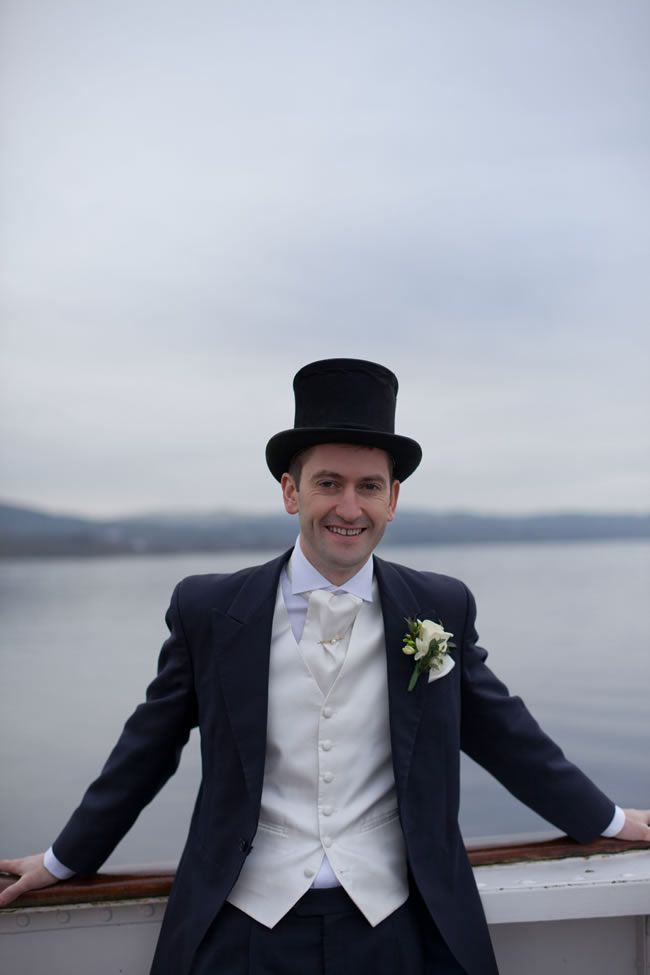 we-love-sarah-and-ossis-glamorous-vintage-winter-wedding-tireedawson.co.uk_4227