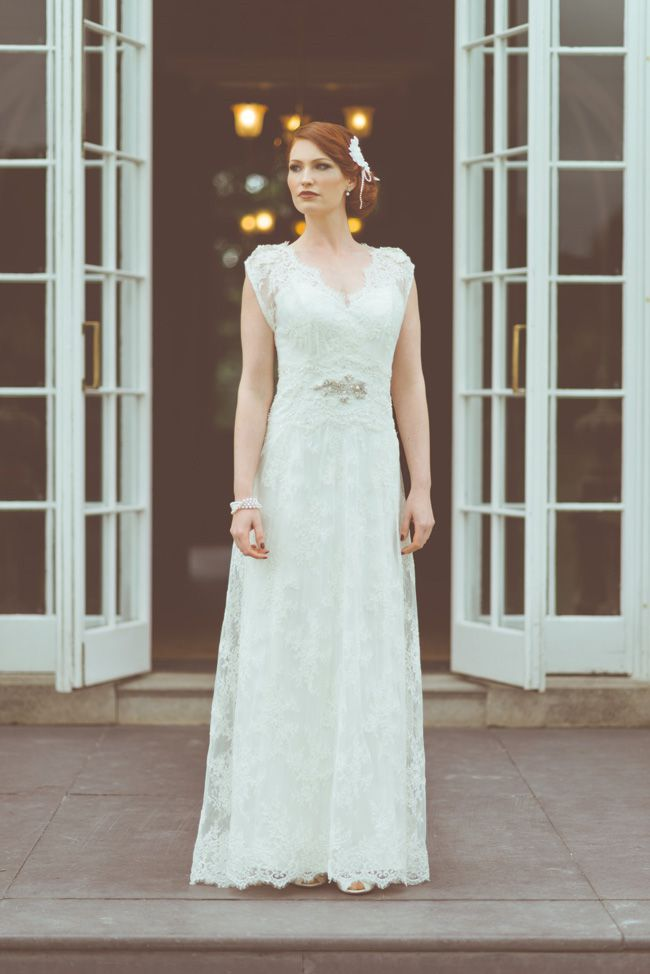 10-top-tips-for-buying-a-wedding-dress-for-the-summer-constancei