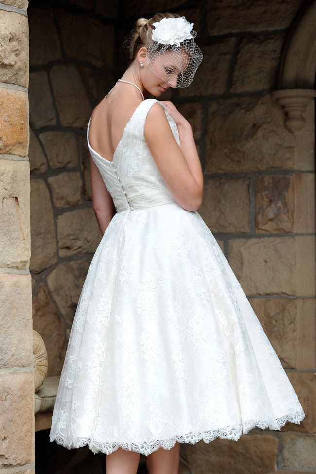 10-top-tips-for-buying-a-wedding-dress-for-the-summer-rousseau1