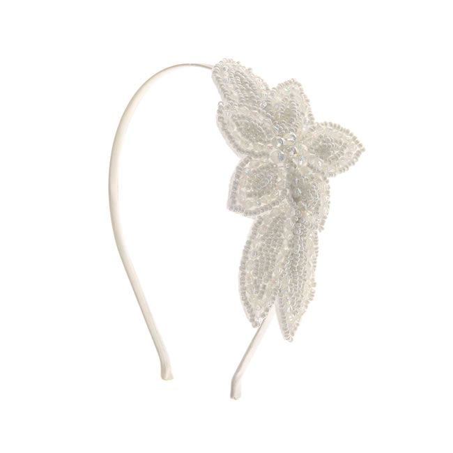16-fab-high-street-finds-for-bridesmaids-£9-ivory-headband-claires-accessories