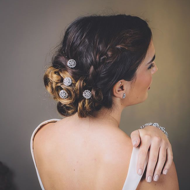 Wedding Hair Accessories: Your Guide to Bridal Hair Accessory Ideas bridal hair pins