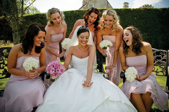 21 amazing wedding photo ideas for your bridesmaids