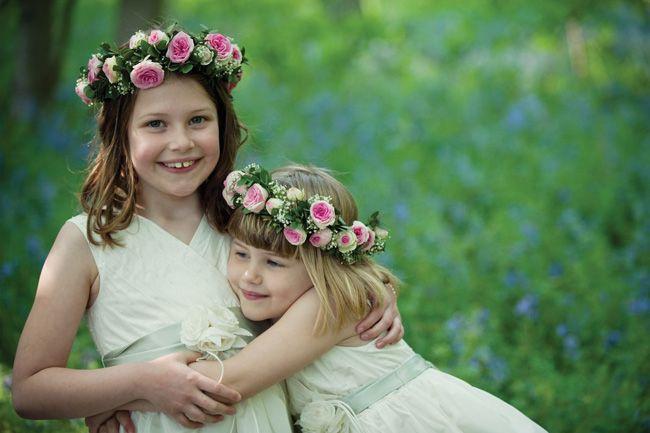 5-brilliant-wedding-entertainment-ideas-for-older-children-GreenOlive-Wedding-Photography