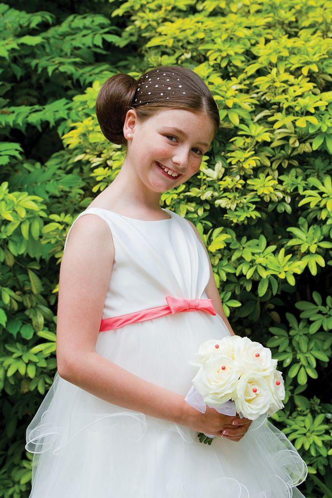 5-brilliant-wedding-entertainment-ideas-for-older-children-nicolephotography.co.uk