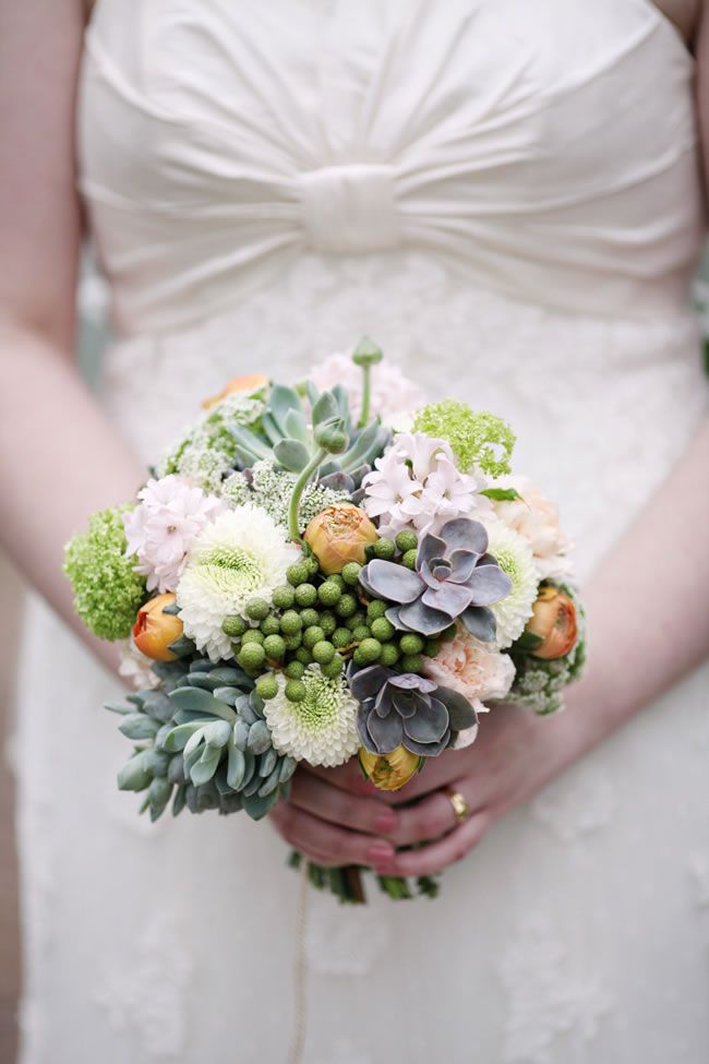 50 of the best wedding bouquets for brides and maids © dashacaffrey.com