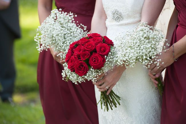 50 of the best wedding bouquets for brides and maids © davidlovephotography.co.uk