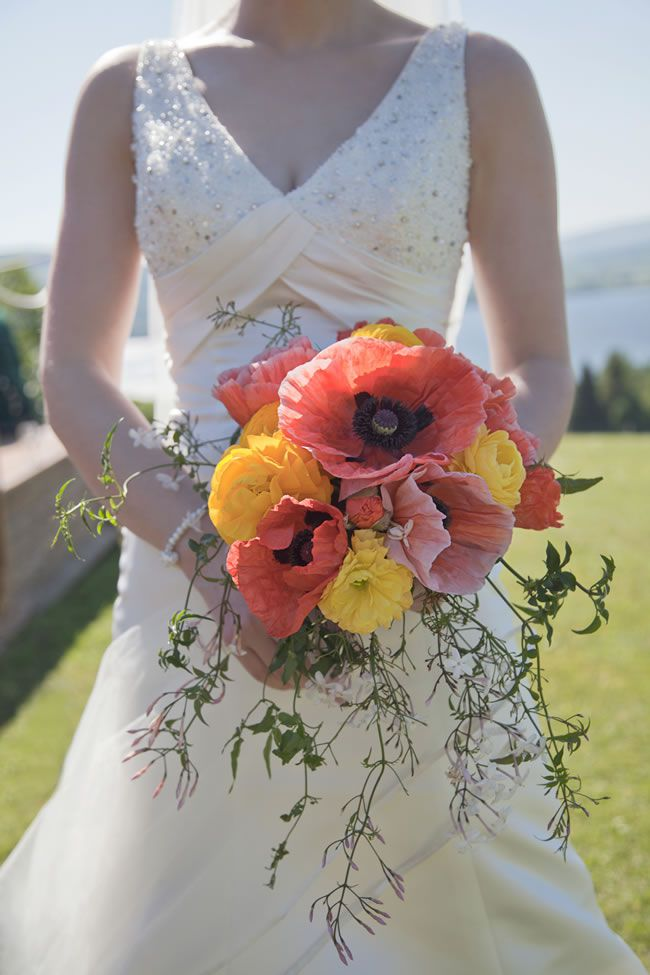 50 of the best wedding bouquets for brides and maids © gailkelly.com