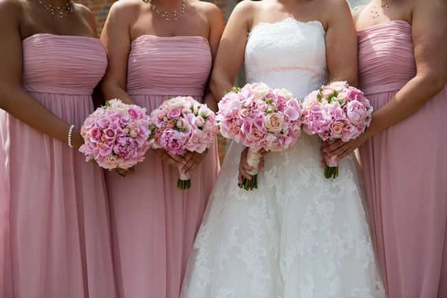 50 of the best wedding bouquets for brides and maids © lilyandfrank.co.uk