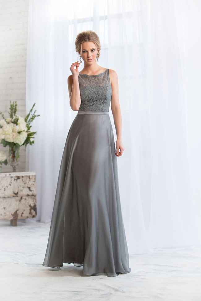 6-common-pitfalls-to-avoid-when-choosing-bridesmaid-dresses-L164070-F