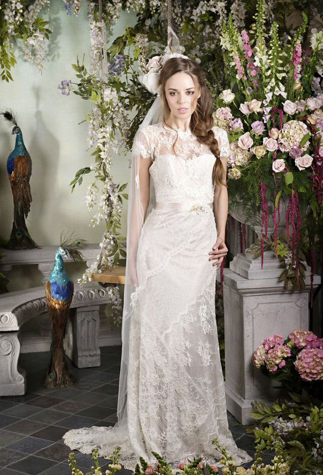 65-of-the-best-designer-wedding-dresses-for-2015-part-2-Terry-Fox-Pearly-Queen