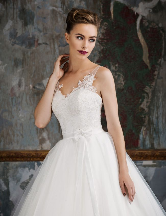 65-of-the-best-designer-wedding-dresses-for-2015-part-3-Jack-Sullivan-Naomi