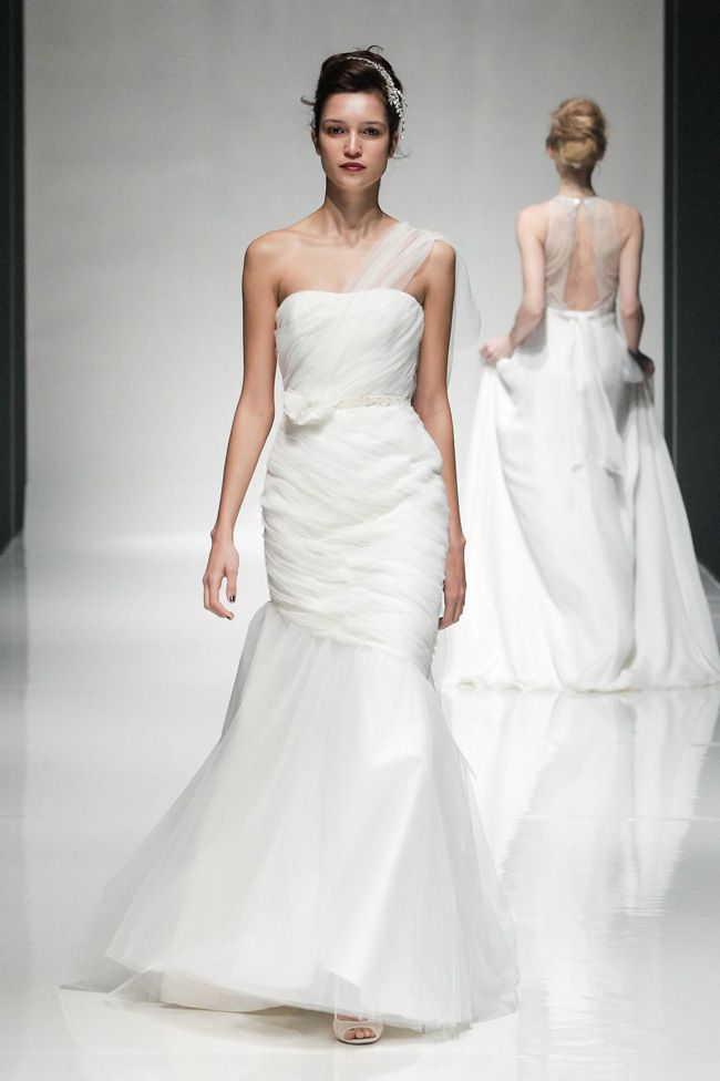 65-of-the-best-designer-wedding-dresses-for-2015-part-3-Lark-Bridal-Dahlia-from-COCOE-VOCI-Collection