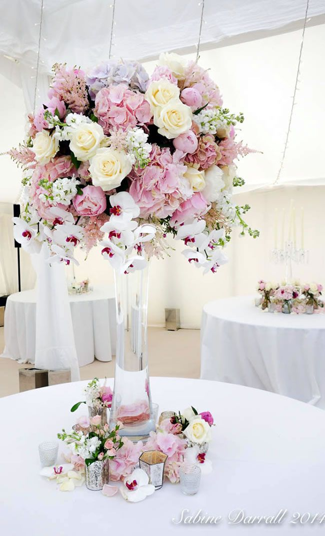 7-of-the-hottest-wedding-flower-trends-for-2015-sabine-luxe