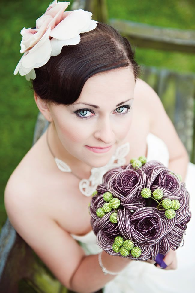 7-quirky-alternatives-to-traditional-wedding-bouquets-phototom.co.uk