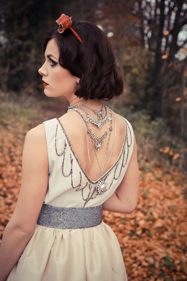 be-inspired-by-this-incredible-snow-white-inspired-wedding-accessories-photoshoot-12a