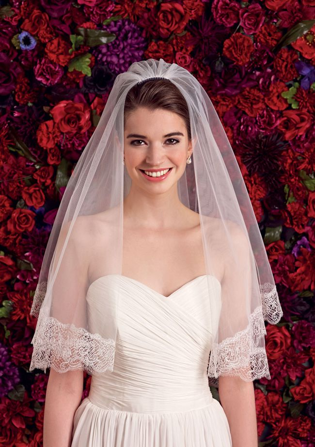 choosing-the-right-veil-to-complement-your-wedding-dress-Empress-LS