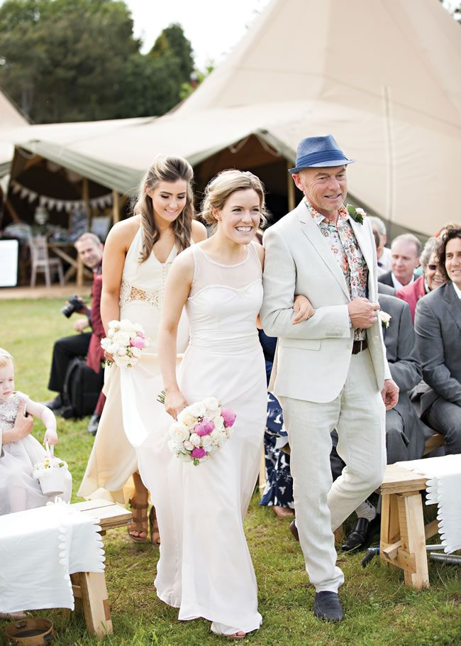 emily-and-stephen-had-a-rustic-tipi-wedding-reception-with-quirky-diy-details-hbaphotography.com-080