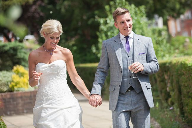 juliet-lemon-photography-captures-a-pretty-country-wedding-from-anthea-and-ollie-AO_201_IMG_4945-2