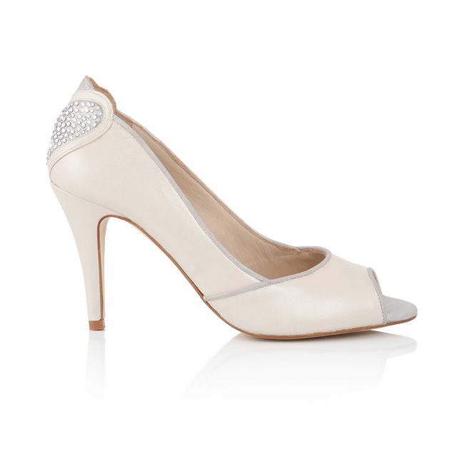 new-charlotte-mills-wedding-shoes-have-a-lucky-finishing-touch-charlottemillsbridal.co.ukAmante