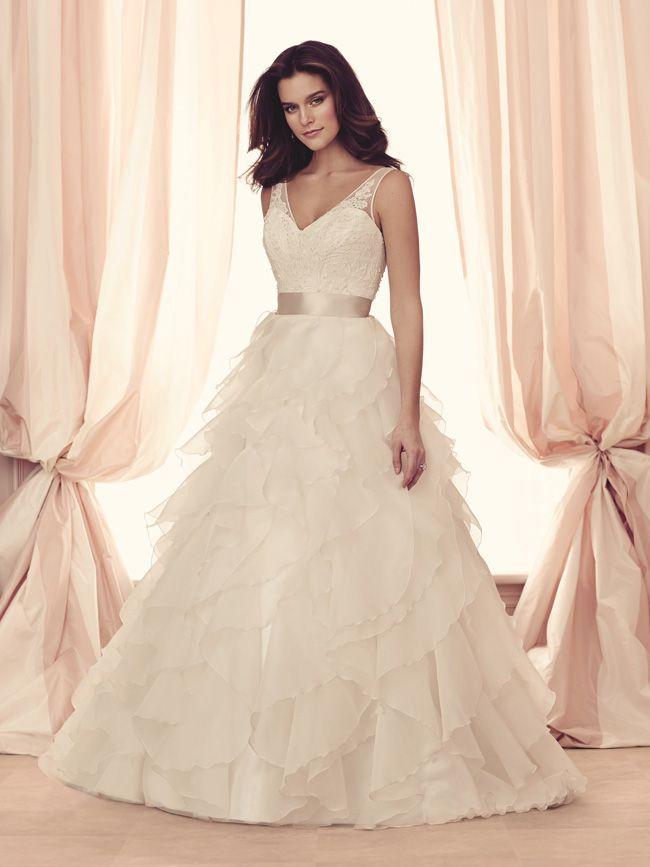 Paloma Blanca Unveils Stunning Fall 2017 Wedding Dress