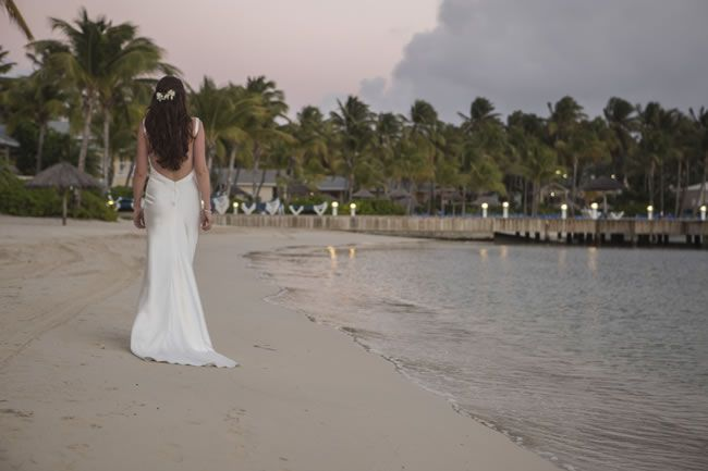 pippa-and-chris-had-a-hot-coral-wedding-in-the-caribbean-and-an-elegant-ivory-reception-in-the-uk-pipmagedits-16