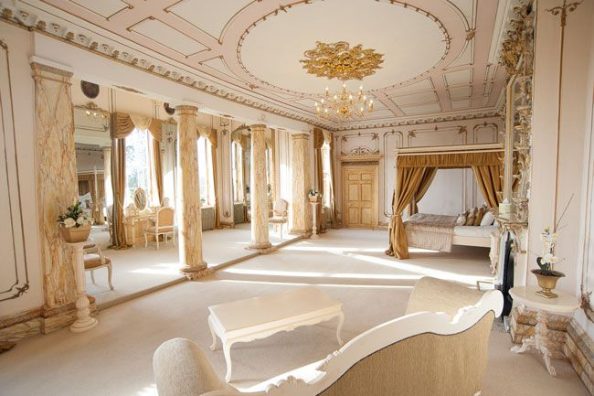 room-for-romance-4-fab-first-night-suites-from-country-house-weddings-Gosfield-Rococco