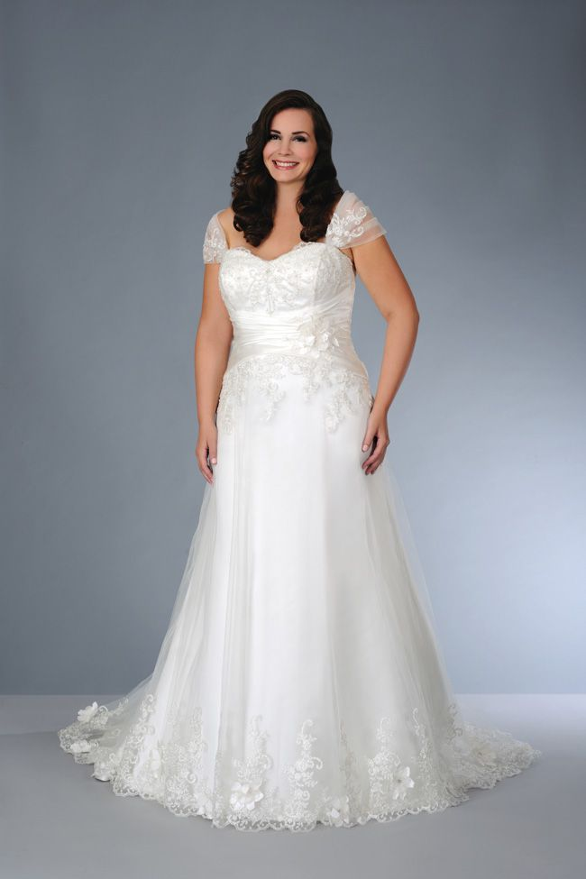 sonsies-new-collection-celebrates-curves-instead-of-hiding-them-Son-91359-01