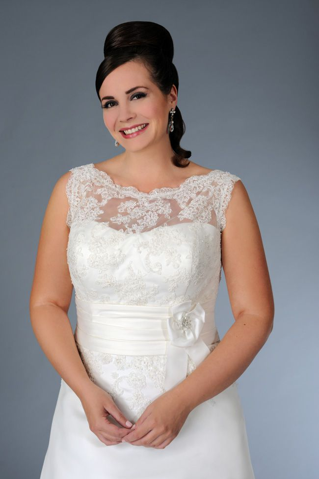 sonsies-new-collection-celebrates-curves-instead-of-hiding-them-Son-91360-02