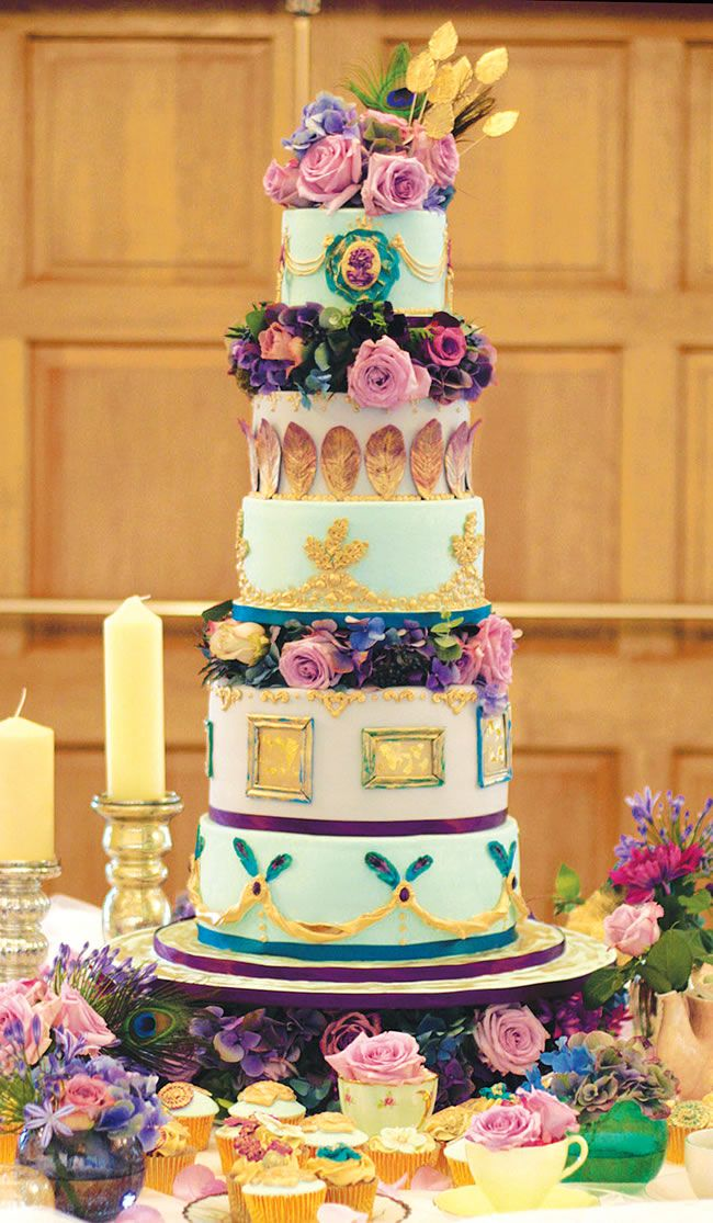 too-sweet-to-eat-18-show-stopping-statement-wedding-cakes-Olofson-Design