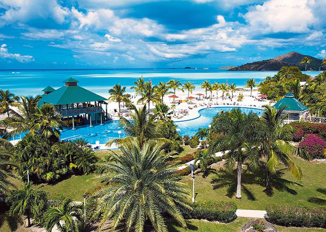 4-fabulous-honeymoon-hotspots-in-antigua-Jolly-Beach