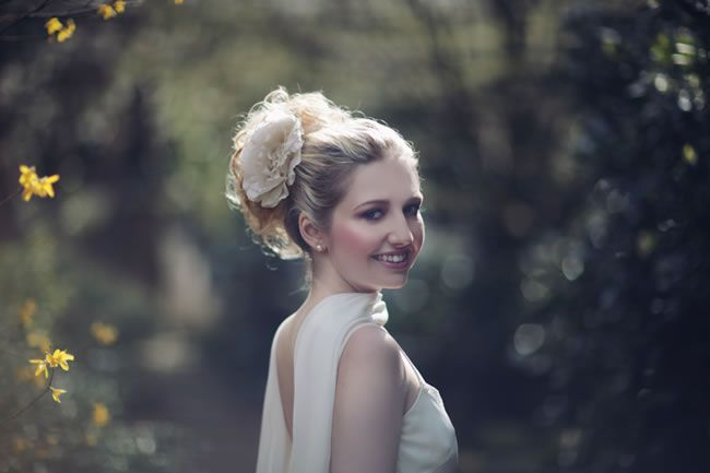 5-of-the-best-winter-wedding-hairstyles-for-2014-wedding14web