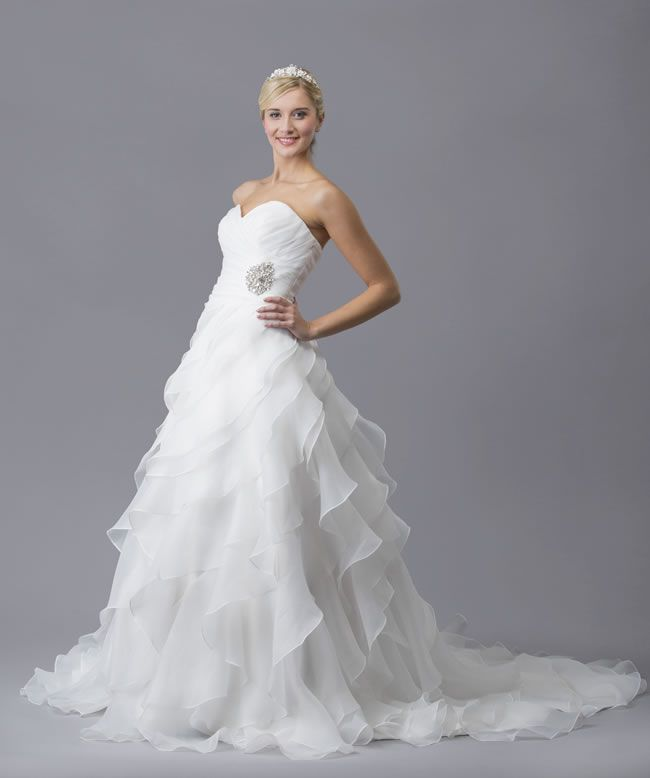 5-wedding-dresses-to-make-you-feel-like-a-princess-Cupid