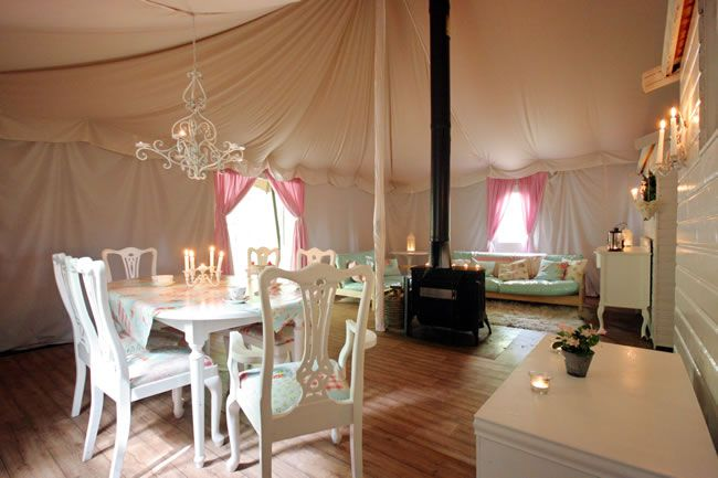8-glamping-hen-parties-for-the-boho-bride-to-be-Jollydays-Interior