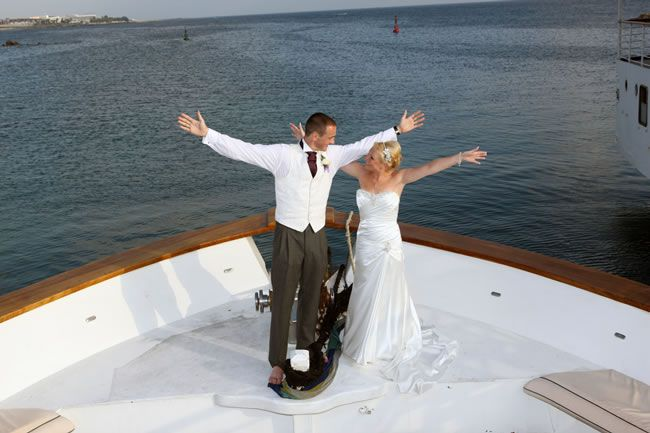 check-out-this-luxurious-real-life-wedding-on-a-yacht-in-cyprus-10
