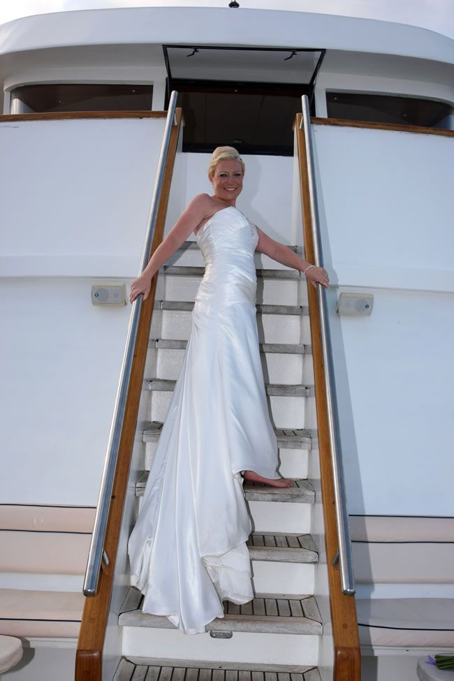 check-out-this-luxurious-real-life-wedding-on-a-yacht-in-cyprus-2