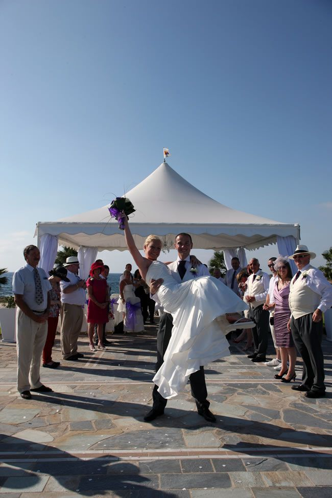 check-out-this-luxurious-real-life-wedding-on-a-yacht-in-cyprus-5