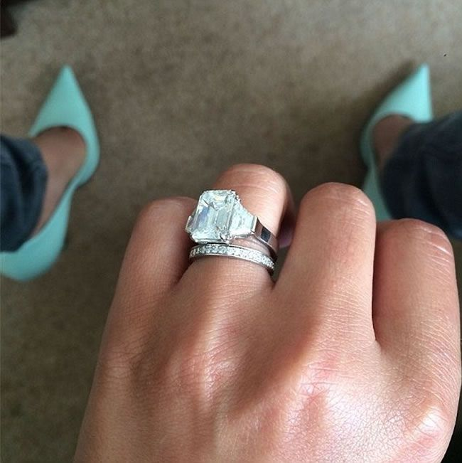 cheryl-cole-marries-her-french-lover-after-dating-him-for-just-three-months-ring