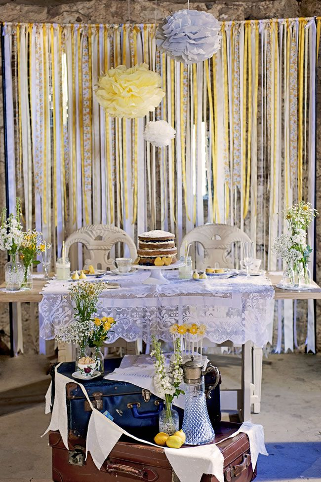 create-a-rustic-wedding-theme-with-a-summery-burst-of-yellow-DSC_7973
