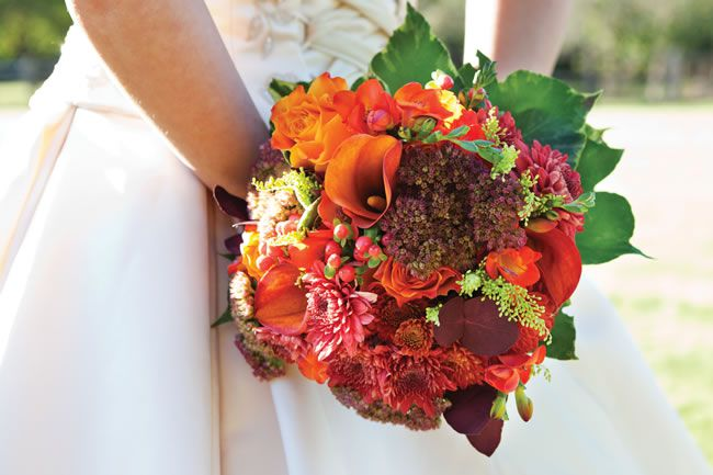 how-to-create-a-warm-autumn-wedding-theme-HayleyRuth Photography-Paul-and-Kathryn-1167