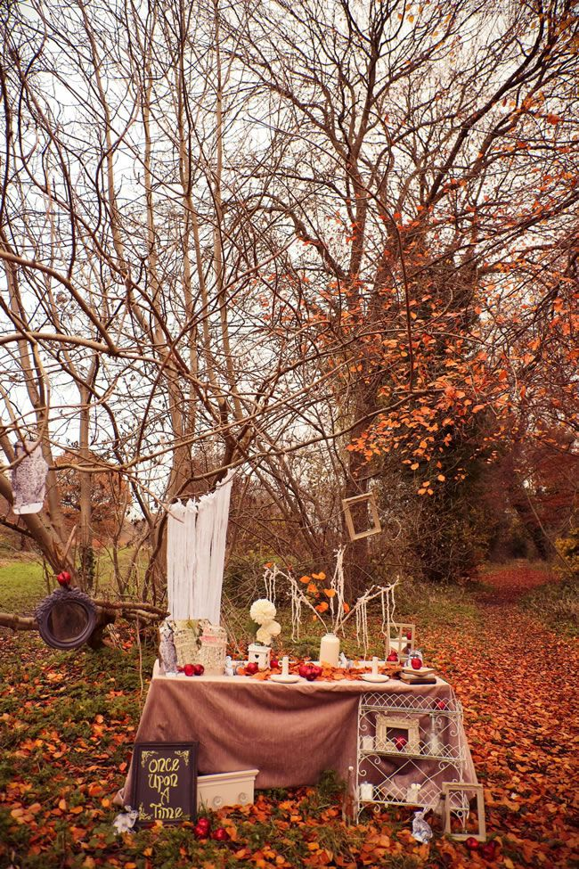 how-to-create-a-warm-autumn-wedding-theme-be-inspired-by-this-incredible-snow-white-inspired-wedding-accessories-photoshoot-4