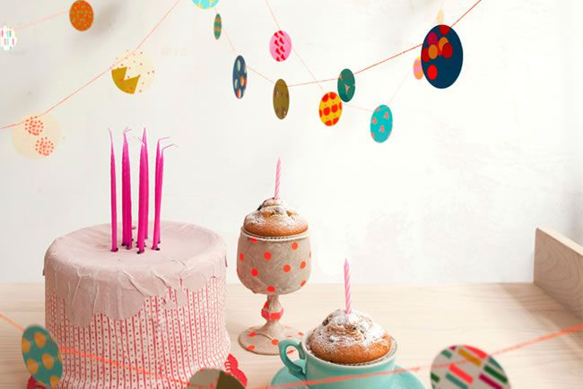 how-to-work-prints-and-patterns-into-your-wedding-theme-confetti-papaer-bunting-weddinginateacup