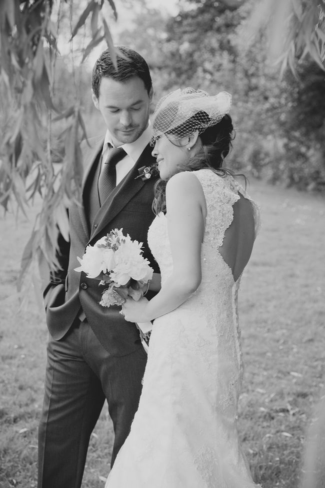 kaymi-and-lees-vintage-wedding-was-a-blend-of-western-and-eastern-traditions-kerriemitchell.co.uk-01129