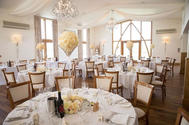 save-money-with-these-last-minute-wedding-venues-for-2014-mythe-barn-interior-rebecca-dawe