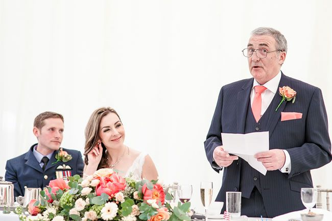 your-guide-to-the-running-order-of-wedding-speeches-marielloydphotography.co.uk