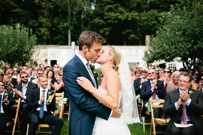13-emotional-wedding-photos-guaranteed-to-make-your-mum-cry-First-Kiss-as-Man-and-Wife--kristyfield.co.uk