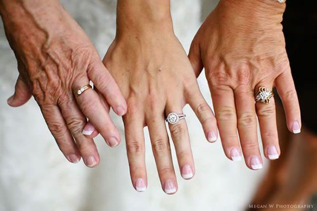 13-emotional-wedding-photos-guaranteed-to-make-your-mum-cry-Three-Generations-meganwphotography.com